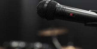Sonhar com microfone