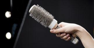 Sonhar com escova de cabelo