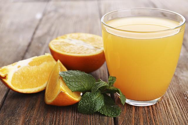 Sonhar com suco de laranja revela demandas do seu subconsciente