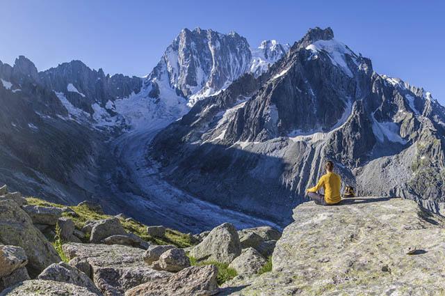 Sonhar com alpes pode ter interpretações variadas mas, no geral, são positivas